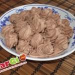 Crema ganache al cioccolato fondente per decorare