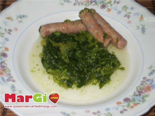salsiccia con cime di rapa Salsiccia con le cime di rapa, secondi piatti semplici
