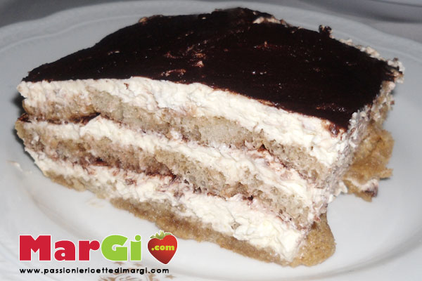 tiramisu con pavesini Tiramisu con pavesini senza uova