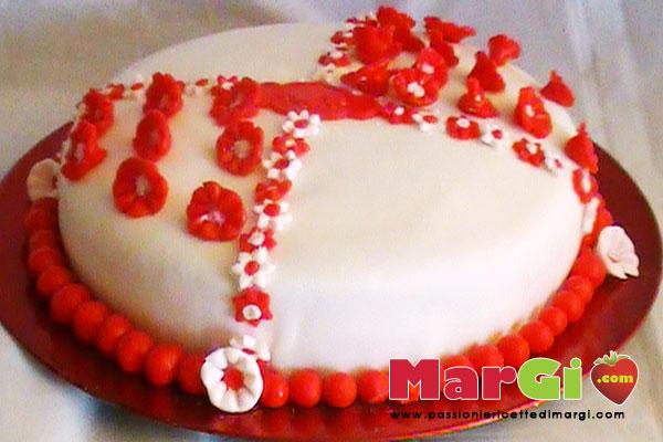 Torta di compleanno al cioccolato e pasta di zucchero for Piani domestici a forma di t