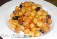 Gnocchi salsiccia e olive