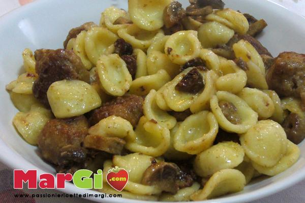 cavatelli-funghi-olive-e-polpette