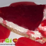 Cheesecake alle amarene e panna