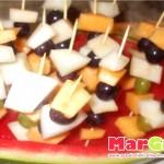 Composizione di frutta estiva