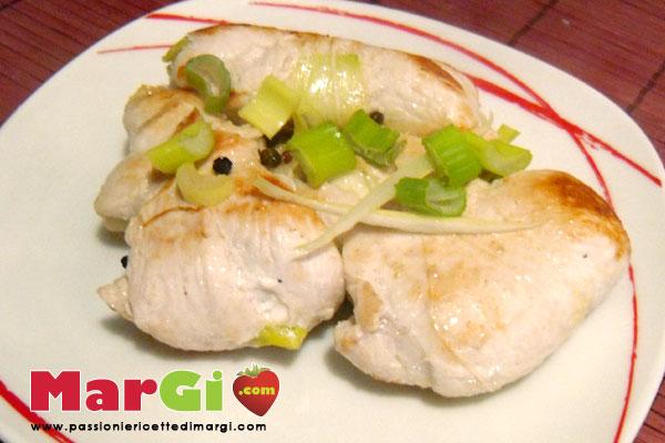 Involtini di pollo con cipolle sponsali