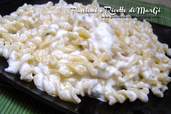 Pasta con blue cheese e ricottaPasta con blue cheese e ricotta