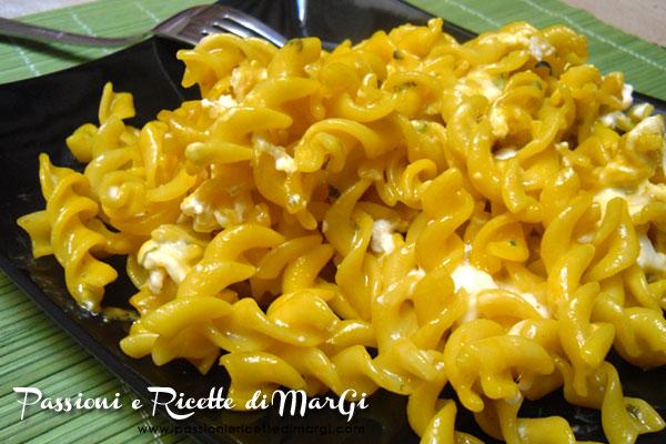 Pasta giallo zafferano e gorgonzola