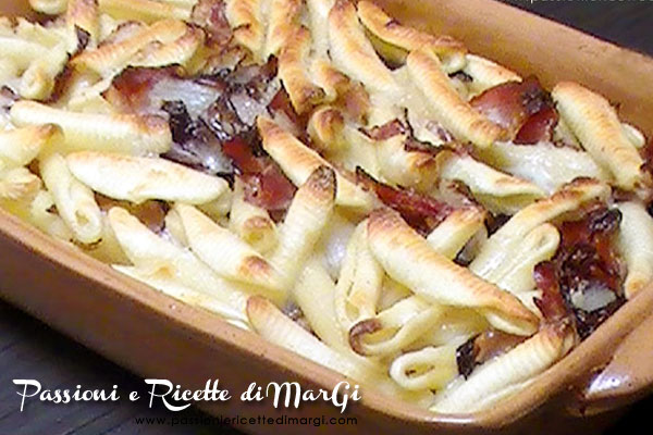 Pasta speck e radicchio al forno