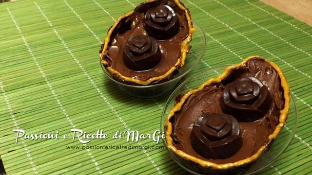 Come fare le uova di cioccolato fatte in casa ricette pasqua - Uova di pasqua in casa ...