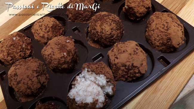 tartufi al cocco e cacao