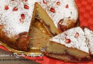 Torta con crema al melograno