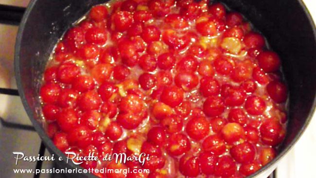 ricetta-amarene-sciroppate-cotte